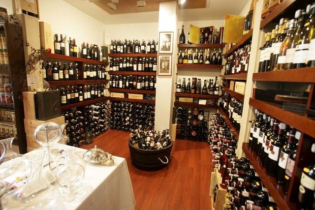 Tienda del restaurante Tubal de Tafalla en Navarra
