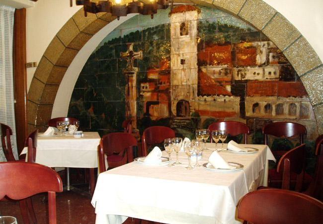 Salón del restaurante Casa Gallega
