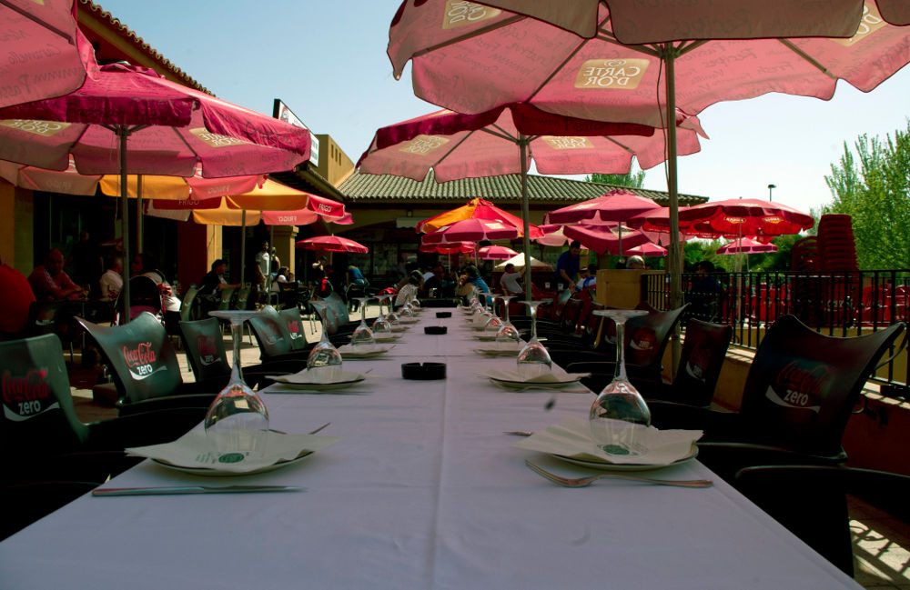 Terraza bar Jena Montecanal