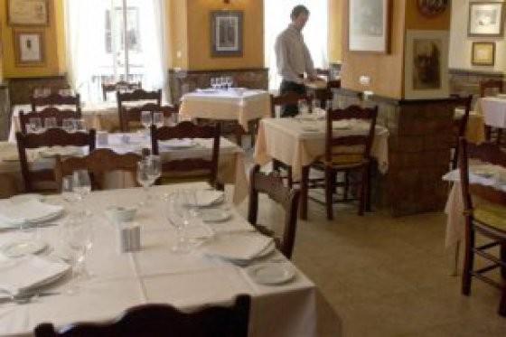 Salón restaurante El Rescoldo