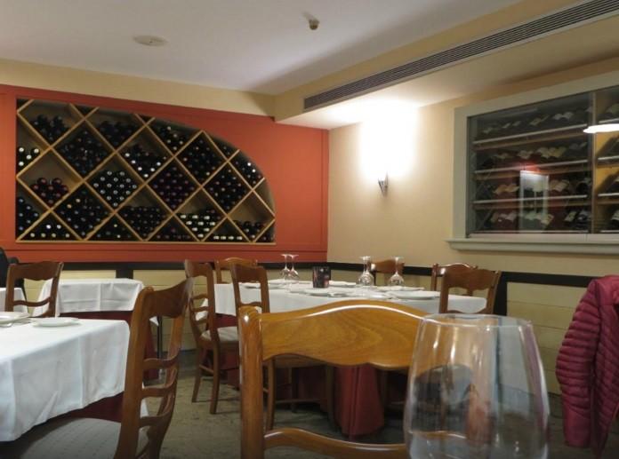 Salón restaurante Casa Bernardo