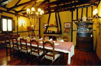 Mesas del restaurante Posada Regia