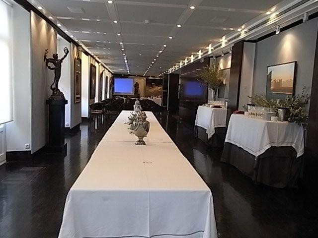 Salón del restaurante Tubal de Tafalla