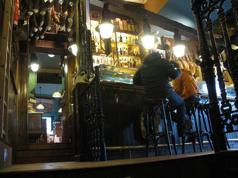 Zona de bar del restaurante