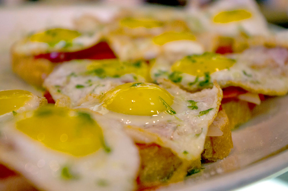 Huevos rotos Restaurante Jena