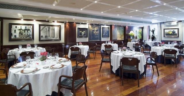 Salones del restaurante Tubal de Tafalla