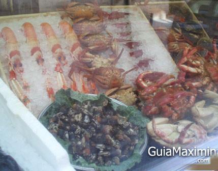 Pescado y marisco frasco en el centro de Madrid