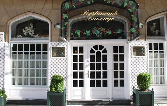 Entrada del restaurante Lanziego de San Sebastián