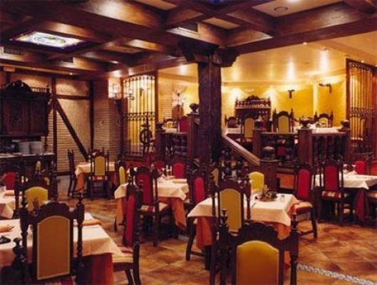 Sal restaurante Pepes Palencia