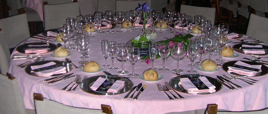 Mesa del restaurante del Convento de San Pablo