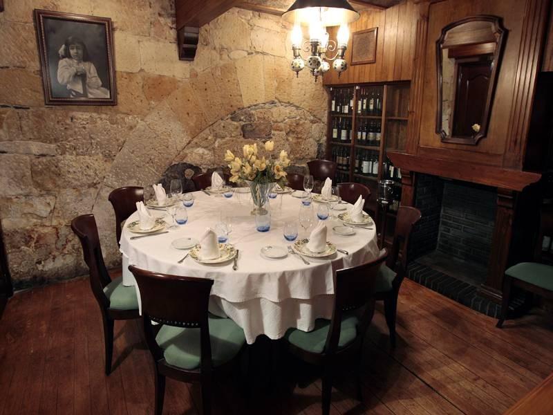 Mesas amplias en el restaurante Casa Paca