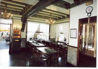 Salones del restaurante Víctor