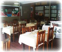 Salón del restaurante El Corner en Benidorm