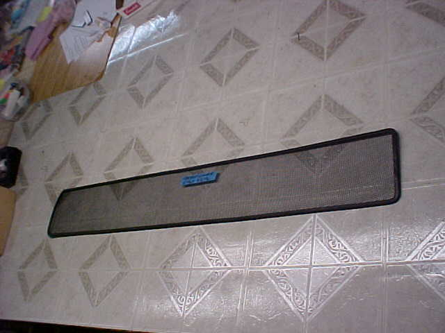 Freightliner RV Puller Lower Grille Bug Screen - Winter Front Grill