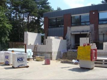 2009 Unser Verwaltungsgebäude wird um neue Räume ergänzt