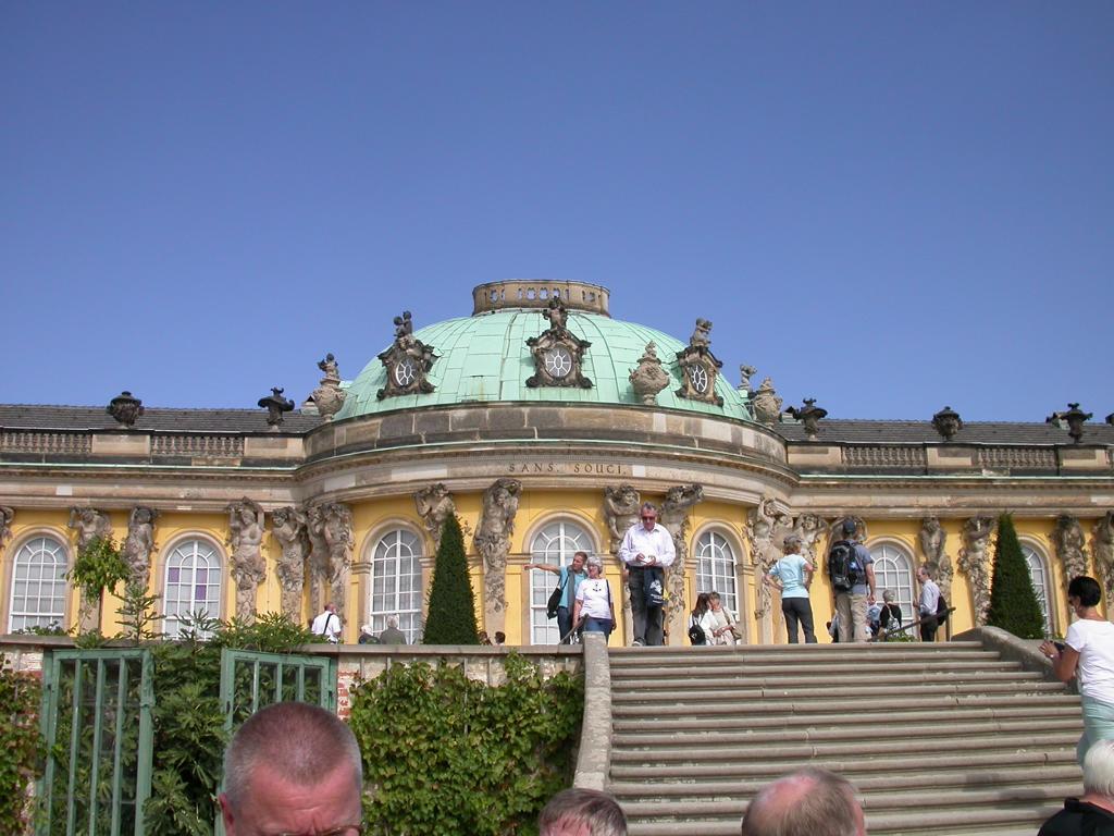 und einer Besichtigung, im Schloss Sanssouci