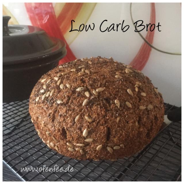 Low Carb Brot aus dem runden Zaubermeister