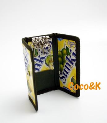 キーケース 1200円+税
