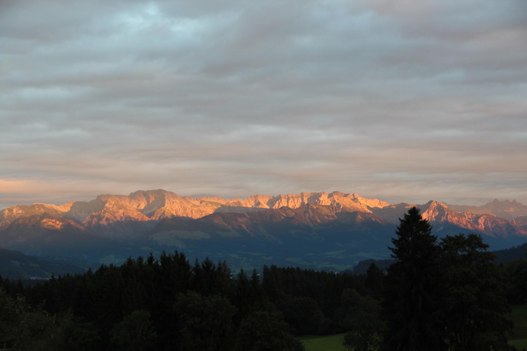 Ausblick auf die Abendstimmung in den Allgäuer Alpen
