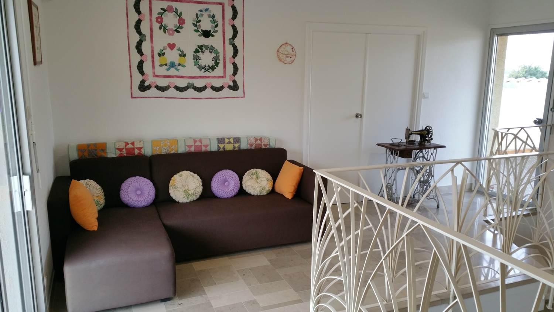 Salon à l'étage (chambres d'hôtes et gîtes Al Pati à Sorède)