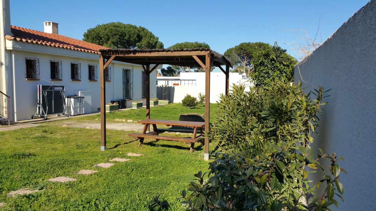 possibilité de pique-nique dans le jardin (près de Argelès sur mer et Collioure)
