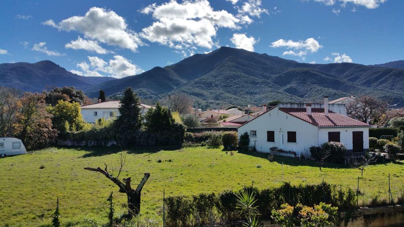 Vue sur la montagne proche Argelès sur mer et Collioure