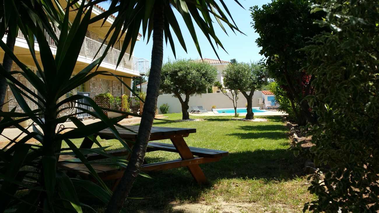 vue sur la propriété AlPati à Sorède près de Perpignan