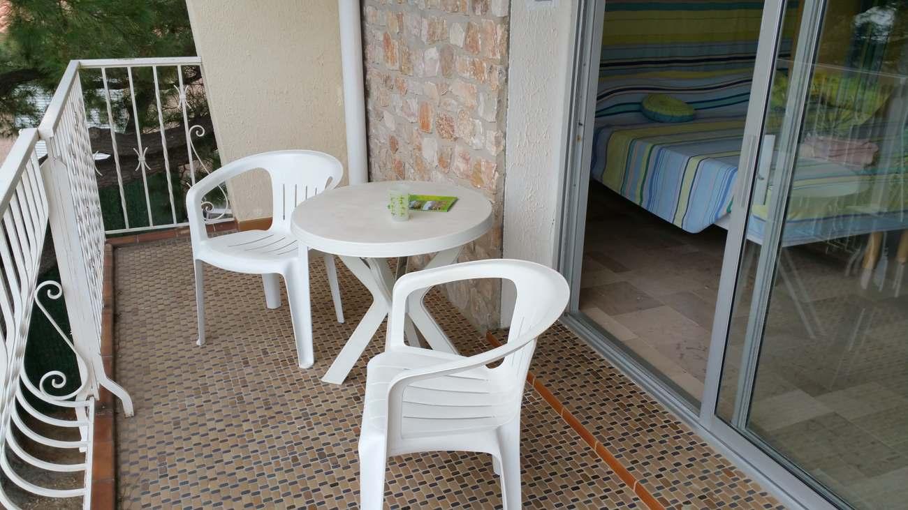 La terrasse de la chambre Neulos près de Collioure et Argelès sur mer