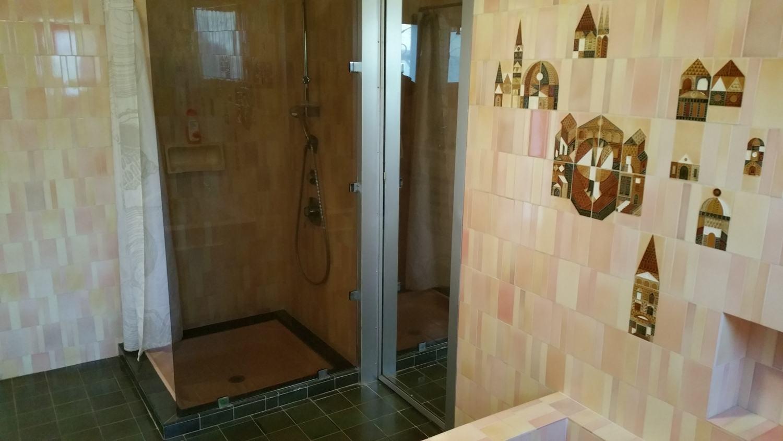 La douche de la Suite Ultrera