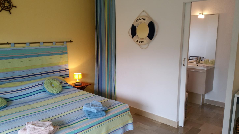NEULOS room (Al Pati Bed and Breakfast) at Sorède near Spain