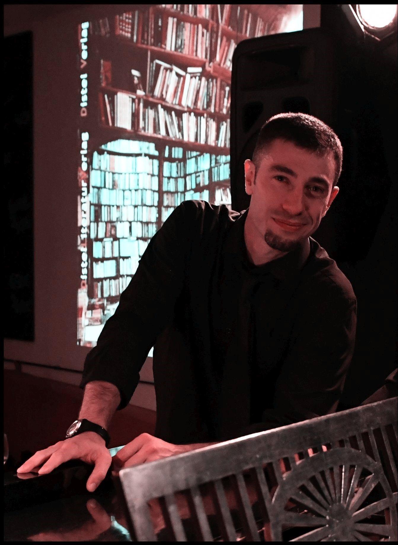 Diego Barral - Gesang & Texte