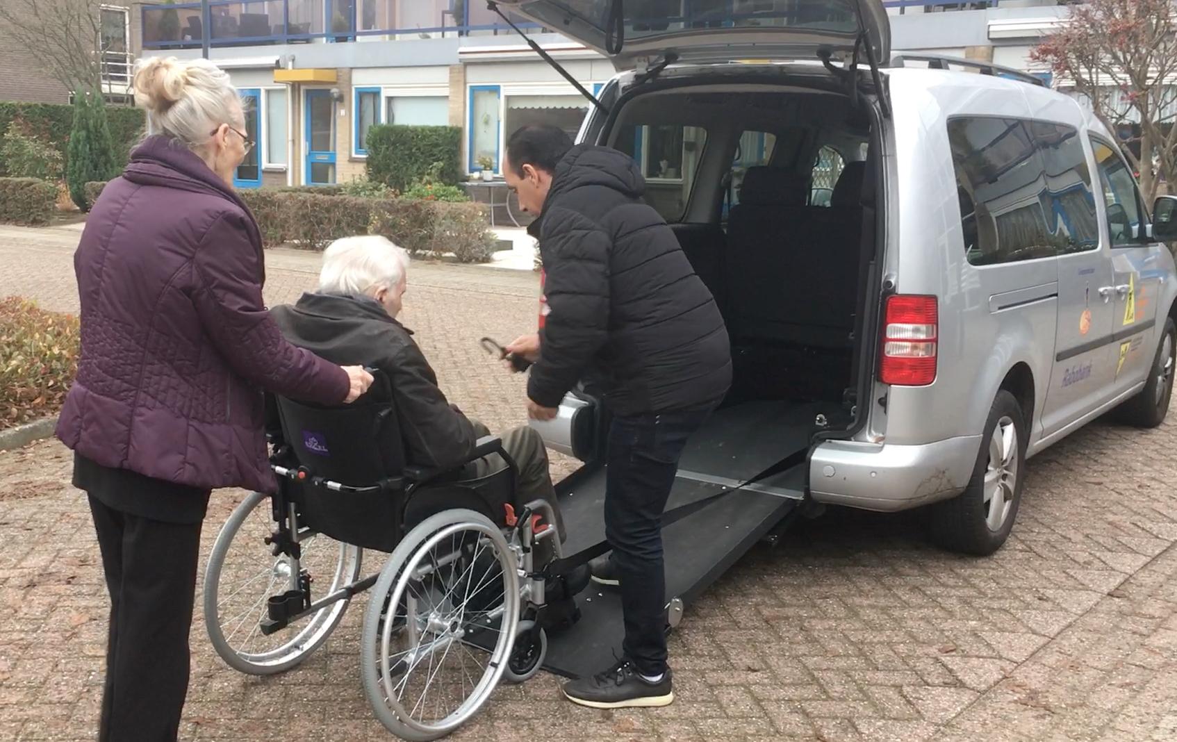 Vervoer op maat: naar o.a. het ziekenhuis, tandarts, dagactiviteiten, sociale en culturele activiteiten of even naar de weekmarkt.