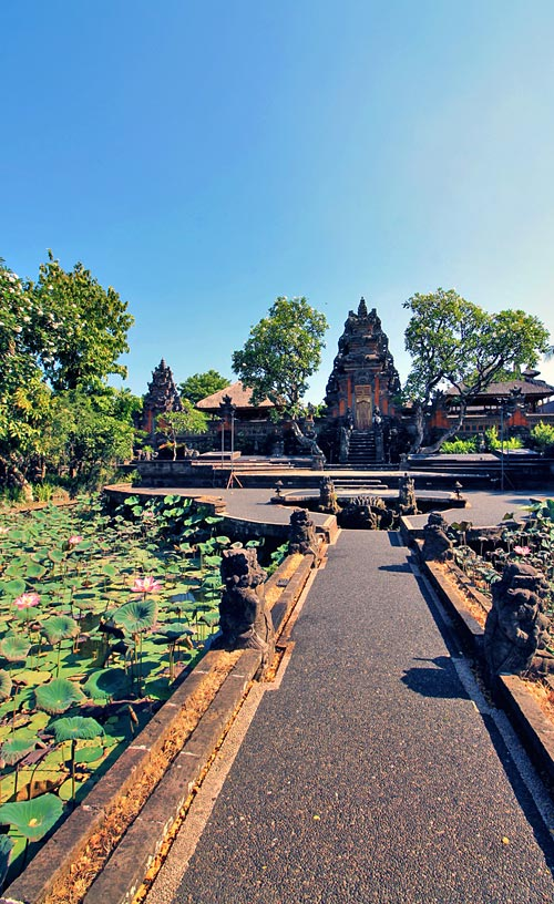Saraswati Temple | Ancient Temples in Bali | One of 10 Top Things To Do In Bali Indonesia | via @Just1WayTicket