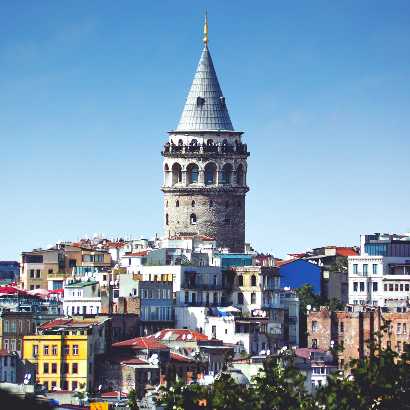 Galata Tower in Istanbul | 20 Photos That Will Make You Want To Visit Turkey! | via @Just1WayTicket