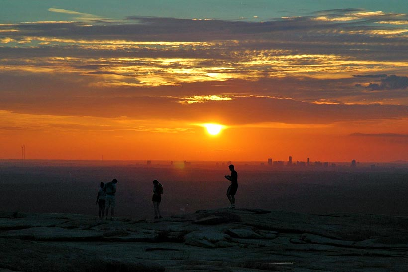 Stone Mountain Theme Park | 8 Fun Things to do in Atlanta | Travel City Guide | via @Just1WayTicket