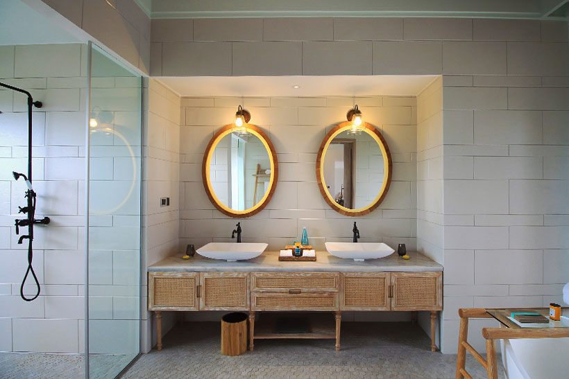 Water Pool Villa Bathroom at Milaidhoo Island, Maldives - The Ultimate Luxury Escape For Dreamers | Hotel Review by JustOneWayTicket