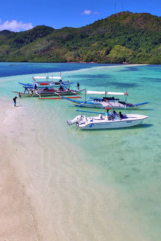 Snake Island in El Nido, Palawan | Coron Or El Nido? Which One Is Really Better? | A Travel Guide to Philippines Last Frontier | via @Just1WayTicket