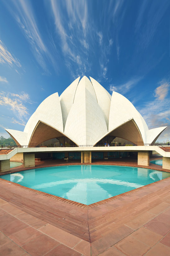 Lotus Temple in New Delhi | Best Places To Visit In India Plus Things To Do | via @Just1WayTicket | Photo © YURY7TARANIK/Depositphotos