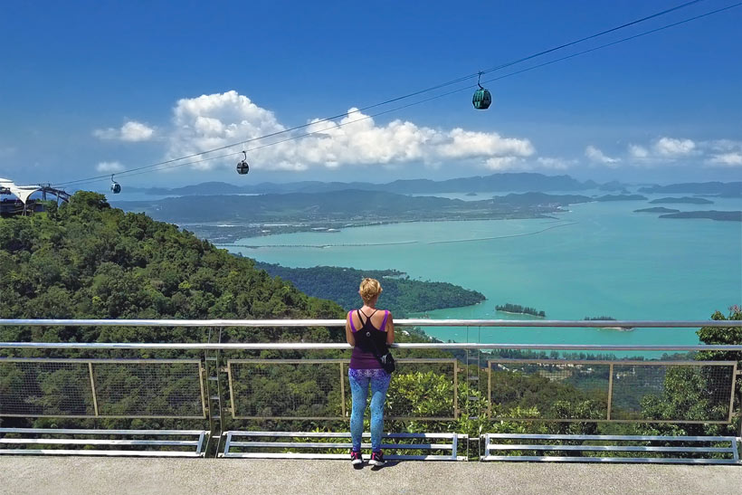 Stunning views from the Sky Bridge, overlooking Langkawi Island, Malaysia - 10 Luxury and Adventurous Things to do | via @Just1WayTicket