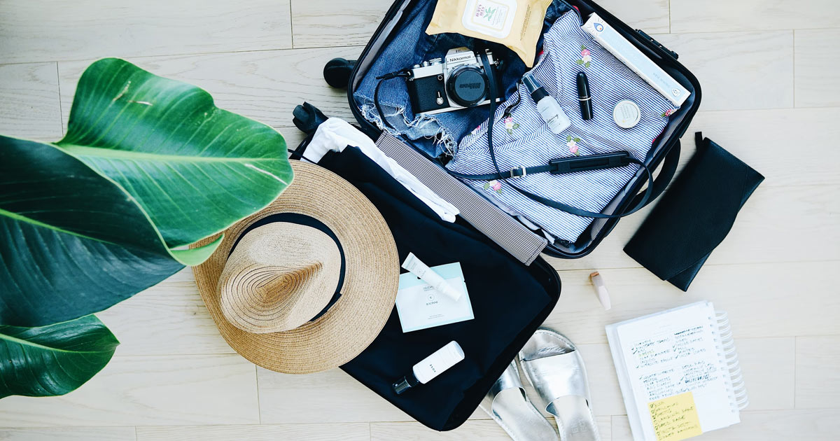 How To Manage Your Medications While You Travel