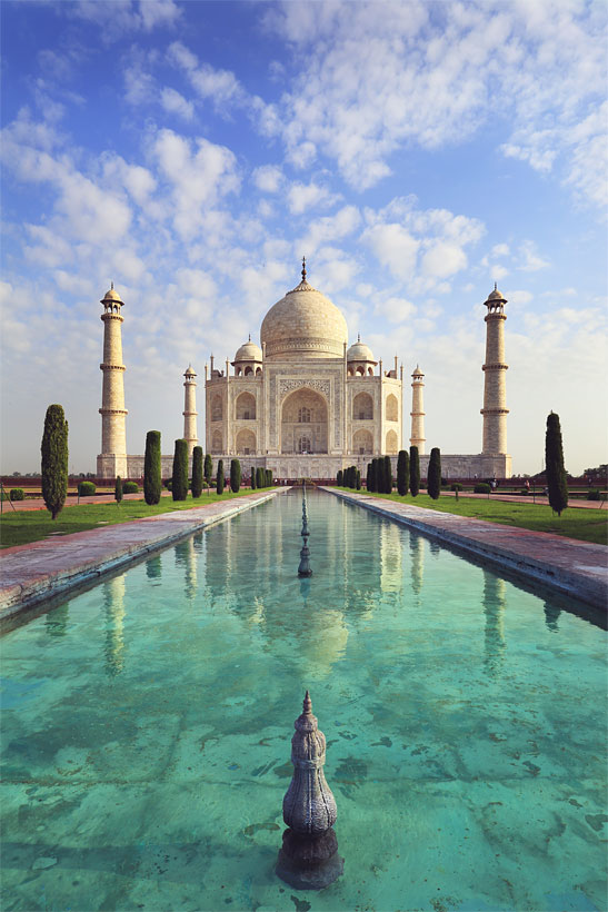 The majestic Taj Mahal in Agra | Best Places To Visit In India Plus Things To Do | via @Just1WayTicket | Photo © dtemps/Depositphotos