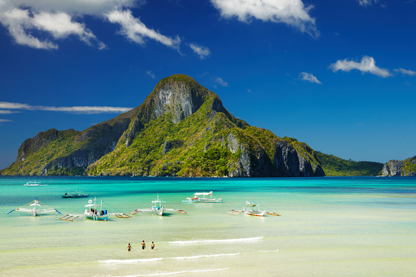 Travel Philippines | Entalula Island near El Nido, Palawan, Philippines © Sabrina Iovino | via @Just1WayTicket