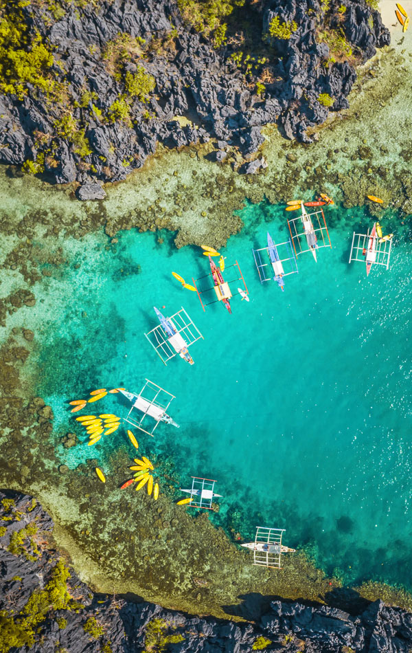 Crystal clear waters in El Nido, Palawan | 10 Reasons Why You Should Travel To The Philippines | Photo: Unsplash