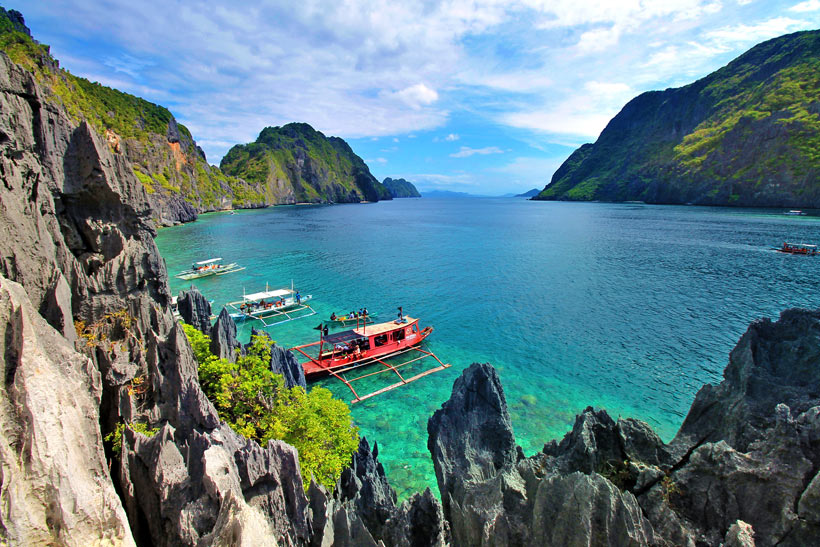Matinloc Shrine in El Nido, Palawan | Coron Or El Nido? Which One Is Really Better? | A Travel Guide to Philippines Last Frontier | via @Just1WayTicket