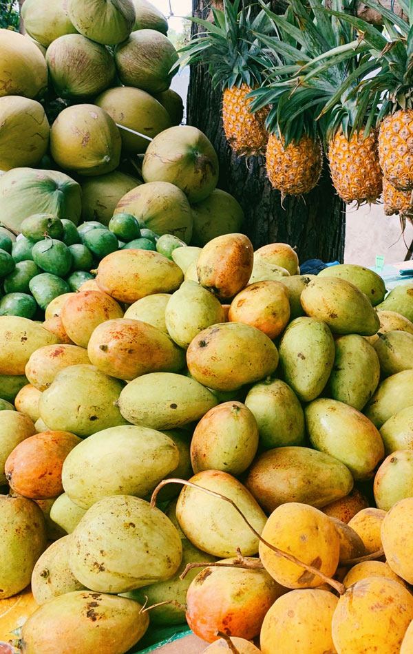 Travel Philippines | Local fruits in the Philippines | Photo: Unsplash