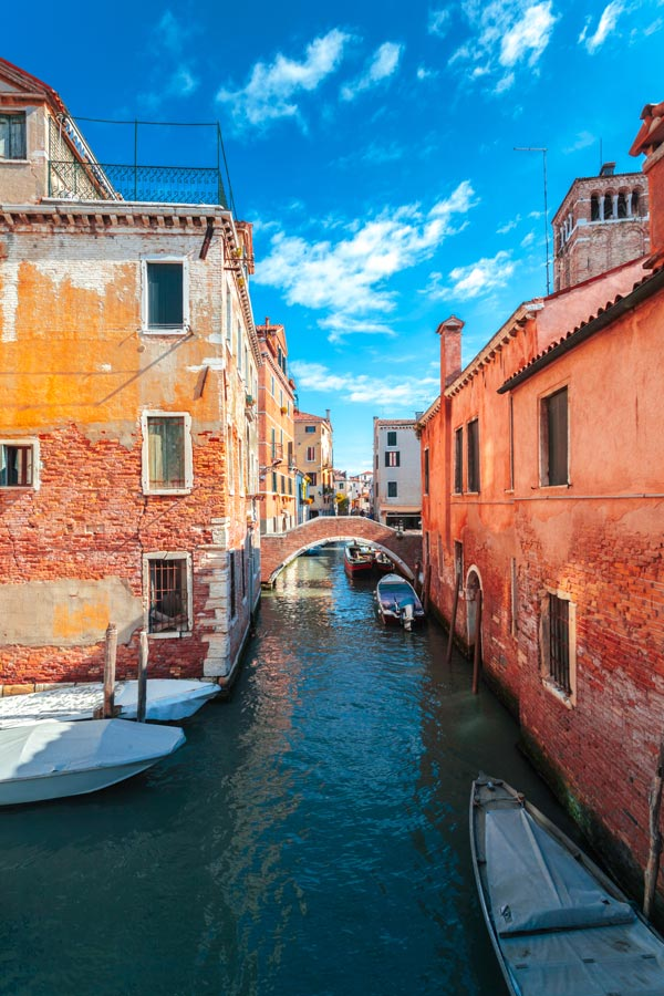 Venice | Interrail & Eurail in Italy | How to Travel Italy by Train - A First-Timer's Guide incl. Things to do and Places to stay | #Venice #Italy