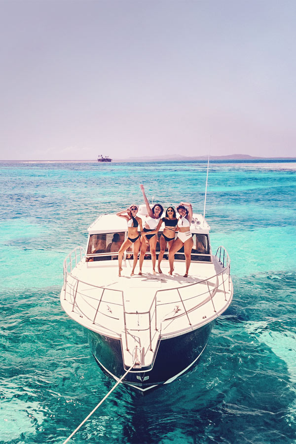 Crew on a Yacht or Sail Boat | The Best Travel Jobs | 50 Ways To Make Money While Traveling The World | You want to work and travel? Here are the best traveling jobs in the world.
