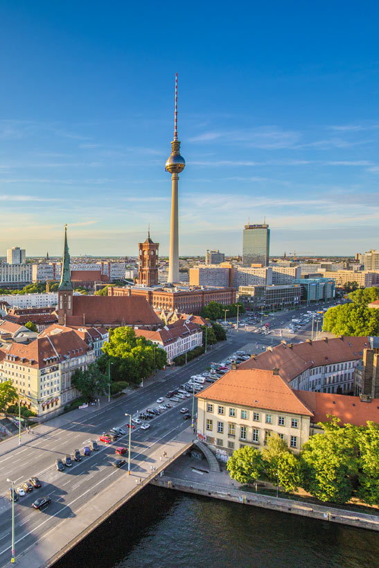 Best Things To Do In #Berlin Germany | Must-See Places And Best Sightseeing In Berlin | #Germany #Travel #Alexanderplatz