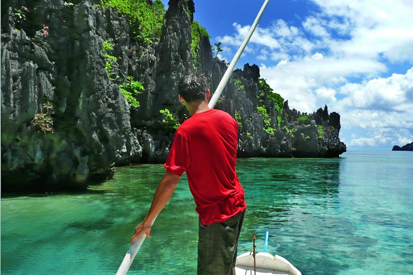 Island Hopping in El Nido, Palawan, Philippines © Sabrina Iovino | @Just1WayTicket