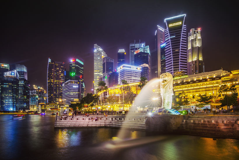 Marina Bay with Singapore's Skyline at night| Best Places to Visit in Singapore in 3 Days | Things to do in Singapore | #singapore #SG #travel #marina #marinabay #merlion